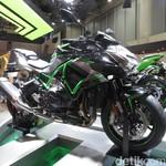 Kawasaki Z H2, Monster Baru Bermesin Supercharger