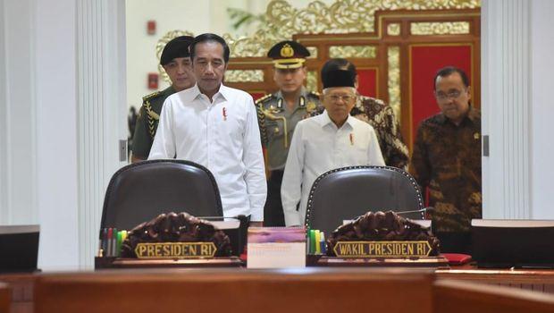 Jokowi: Jangan Coba-coba Halangi Saya, Atau Saya Gigit!