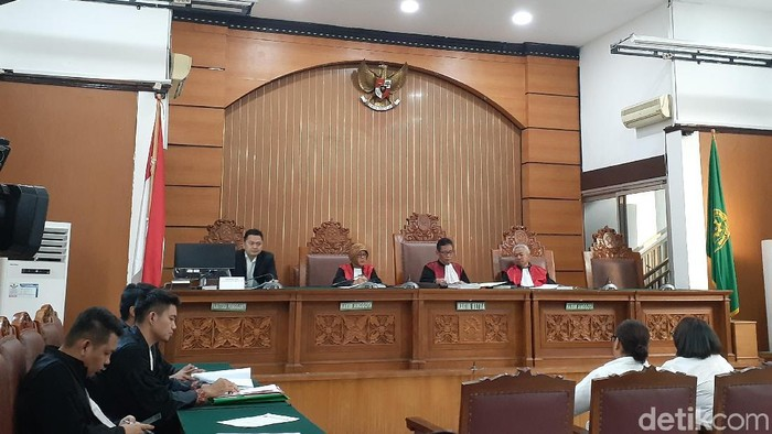 Sidang lanjutan Nunung terkait kasus narkoba. (Yulida Medistiara/detikcom)