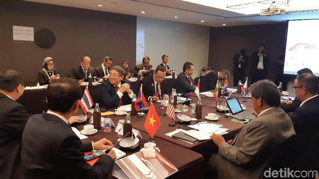 KAI Pamer Reaktivasi Jalur hingga Pabrik INKA di Forum ASEAN
