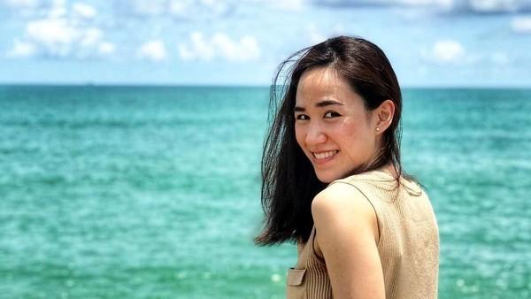Kalau ini, saat Nat liburan ke Mukdara Beach Villa & Spa Resort. Banyak yang terpesona dengan kecantikan alami Nat (Instagram/@nitchaon)