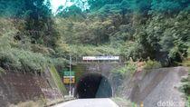 Terowongan Menembus Gunung Bikin Perjalanan Lebih Cepat