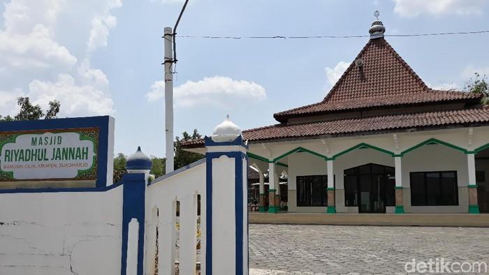 Masjid Riyadhul Jannah di Sukoharjo yang viral dikabarkan akan dijual pihak BPR, Rabu (30/10/2019). (Bayu Ardi Isnanto/detikcom)