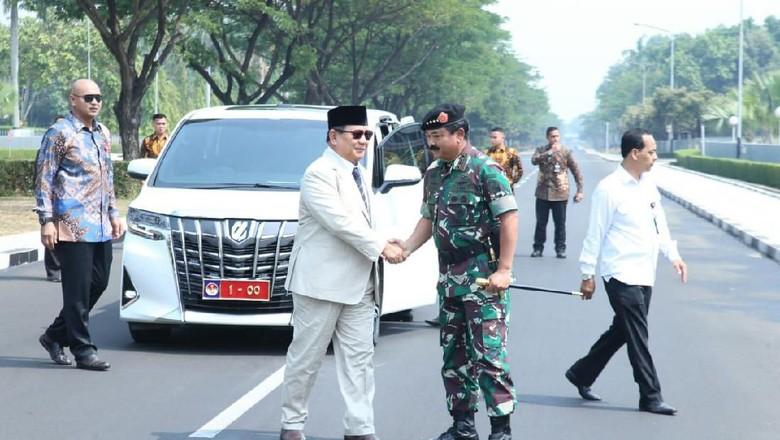 Pelat Nomor Menhan 1-00 Sudah Terpasang di Alphard Prabowo