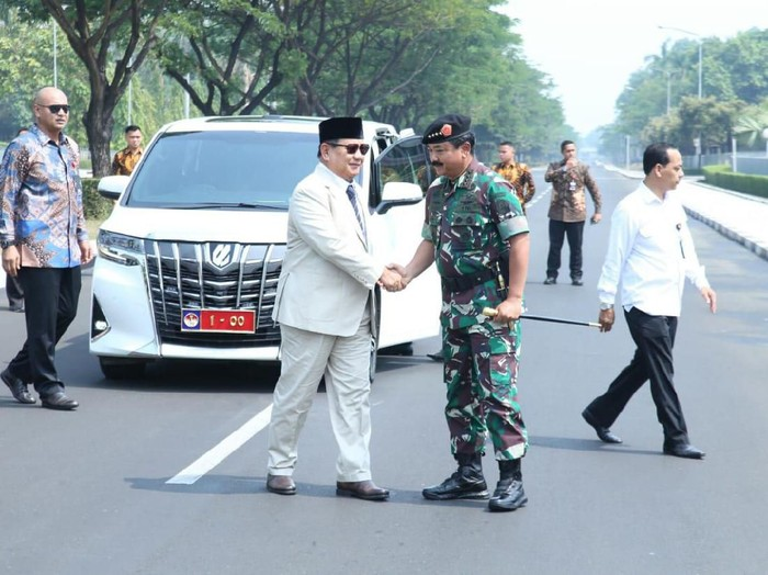 Foto: Prabowo kunjungan ke Mabes TNI (Dok. Puspen TNI)