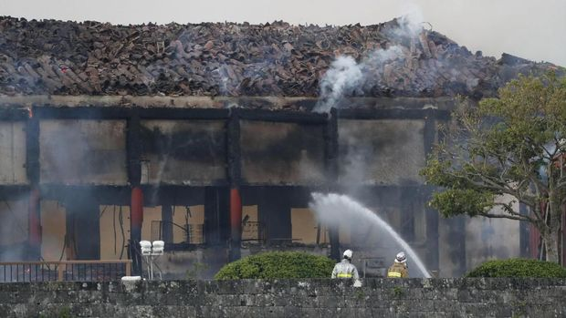 Aula utama Kastil Shuri dilaporkan hangus terbakar hingga tinggal rangka bangunan