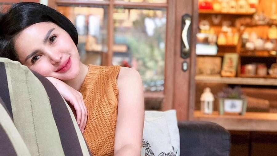 Lepas Hijab, Intan Hardja Pamer Body Goals