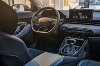 SUV Wuling Rp 140 Jutaan, Bakal Jadi Pengganti Chevrolet Trax?