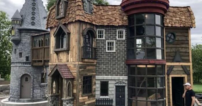 Rumah bermain replika asrama Hogwarts. Foto: Dok. Elite Readers