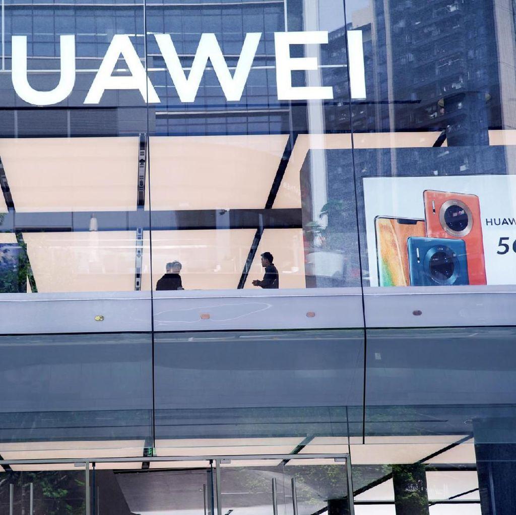 Huawei Siapkan Pesaing Motorola Razr Reborn