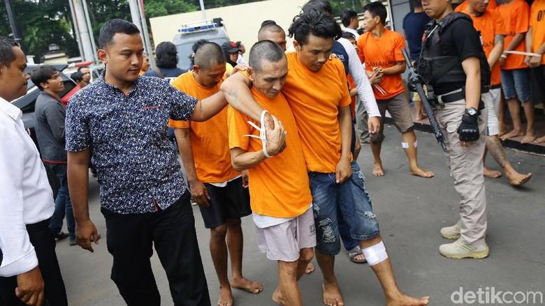 25 Pencuri dan Begal Dibekuk di Depok