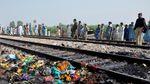 Korban Tewas Kebakaran Kereta di Pakistan Bertambah Jadi 65 Orang