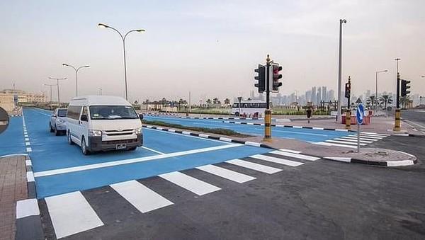 Qatar bukanlah negara pertama yang melakukan hal ini untuk mengurangi panas. Kota-kota besar lain di dunia juga pernah melakukan hal yang serupa, seperti Los Angeles (dok. The Peninsula)