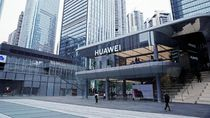 Melongok Toko Flagship Huawei, Megah dan Pintar