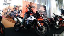Moge KTM Mulai Sapa Warga Surabaya