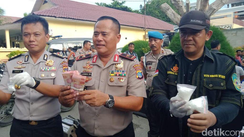 Polisi Gerebek Kampung Narkoba di Palu, Duit Rp 382 Juta Disita