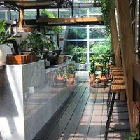 5 Kafe Ini Bisa Jadi Spot Foto Prewedding Kece di Jakarta