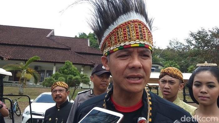Gubernur Jawa Tengah Ganjar Pranowo saat berada di SMA Taruna Nusantara Magelang. Foto: Eko Susanto/detikcom