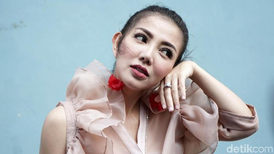 Cerita Bella Shofie Ingin Ikutan Paris Fashion Week