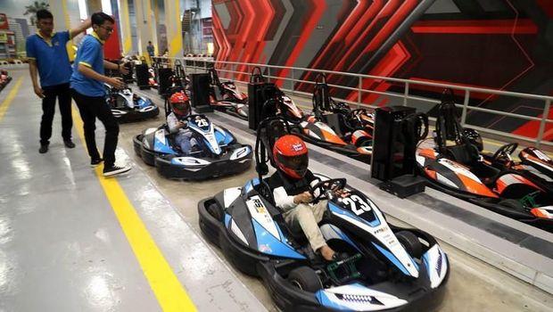 Main Formula Kart di Trans Studio Cibubur, Cuma Rp 100 Ribu!