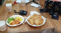Yannie Kim Perkenalkan Makanan Indonesia ke Artis Korea, Ini Komentarnya
