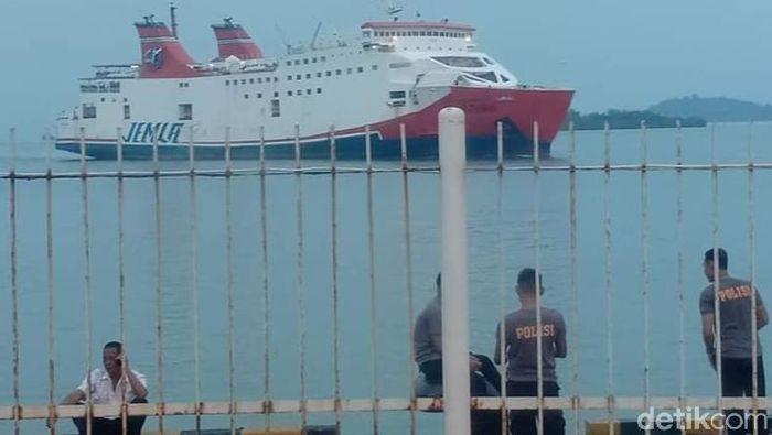 Ilustrasi kapal laut/Foto: Ardian Fanani