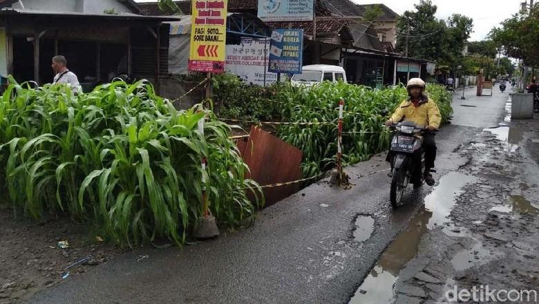 Kata Walkot Yogya soal Perbaikan Jalan di Proyek yang Diusut KPK