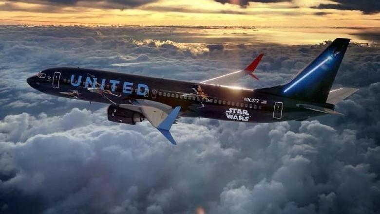 Pesawat maskapai United Airlines bertema Star Wars (United Airlines)