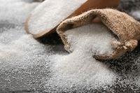 Mau Kulit Bersih dan Mulus? Gunakan Scrub Alami dari 5 Bahan Dapur Ini