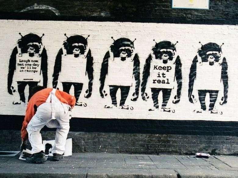 Terungkap! Teka-teki Identitas Banksy Dibongkar Seorang Fotografer