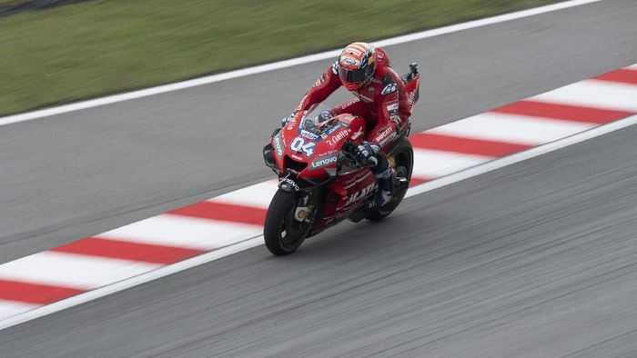 KUALA LUMPUR, MALAYSIA - NOVEMBER 01: Andrea Dovizioso of Italy and Ducati Team heads down a straight during the MotoGP of Malaysia - Free Practice at Sepang Circuit on November 01, 2019 in Kuala Lumpur, Malaysia. (Photo by Mirco Lazzari gp/Getty Images)