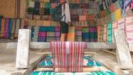 Suku Sasak Lombok: Tradisi Kawin Lari & Rumah dari Kotoran Kerbau