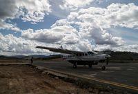 Pesawat Susi Air di Bandara Yuvai Semaring Long Bawan