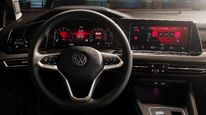 Si Ganteng VW Golf Mk8