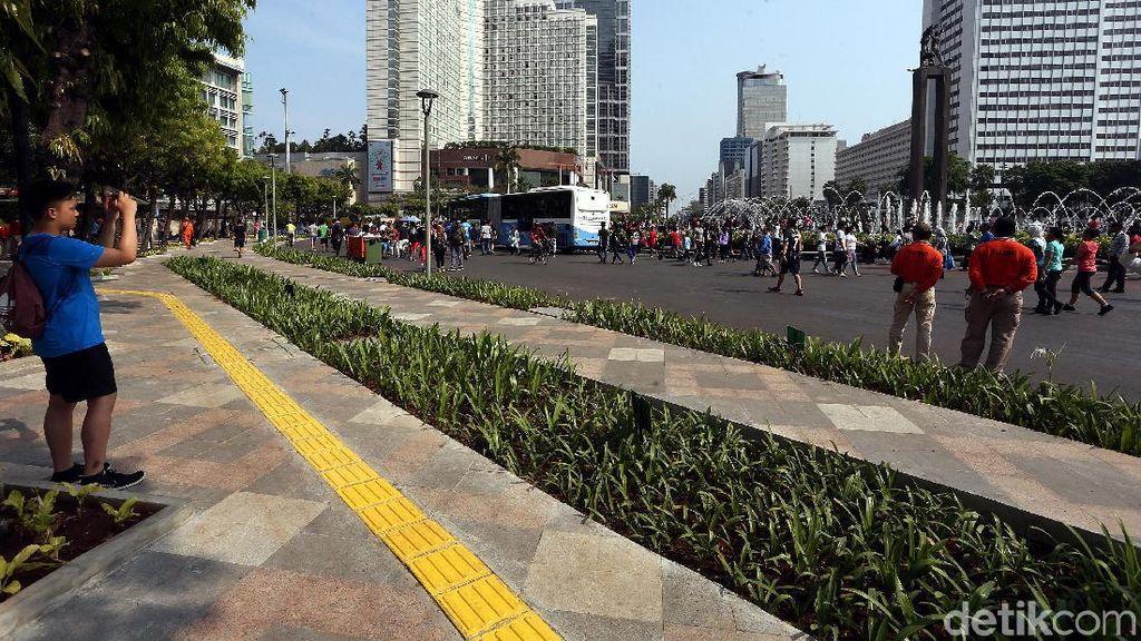 Potret CFD di Bundaran HI Bersih dari PKL