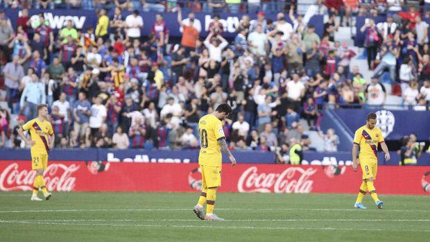 Kekalahan 1-3 Barcelona dari Levante disebut sebagai salah satu efek takluk 0-4 dari Liverpool.