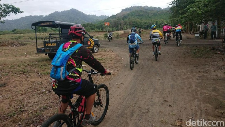Mengintip Serunya Pulau Merah Cycling Competition di Banyuwangi