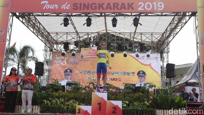 Jesse Ewart meraih kemenangan di etape kedua Tour de Singkarak 2019 (Jeka Kampai/detikSport)