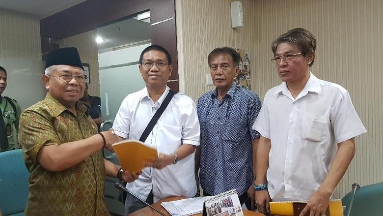 Unggah Anggaran Lem Aibon, William PSI Dilaporkan ke BK DPRD DKI