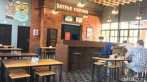 Warga Mojokerto Dimanjakan Satpas Corner Bergaya Kafe, Apa Fasiltasnya?