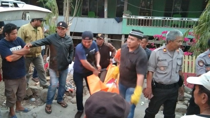 Dua orang warga Desa Baraya, Jeneponto, Sulsel, dikeroyok warga dari Kampung Batu-batua. Satu orang tewas, satu lainnya terluka/Foto: DOK. Kepolisian