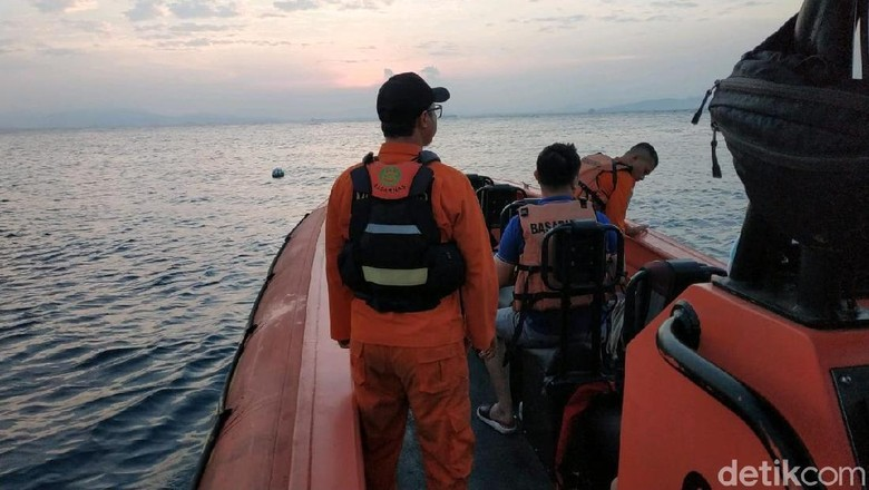 3 WN Tiongkok Hilang Saat Menyelam di Pulau Sangiang Banten