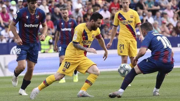 Barcelona sudah menelan tiga kekalahan musim ini.
