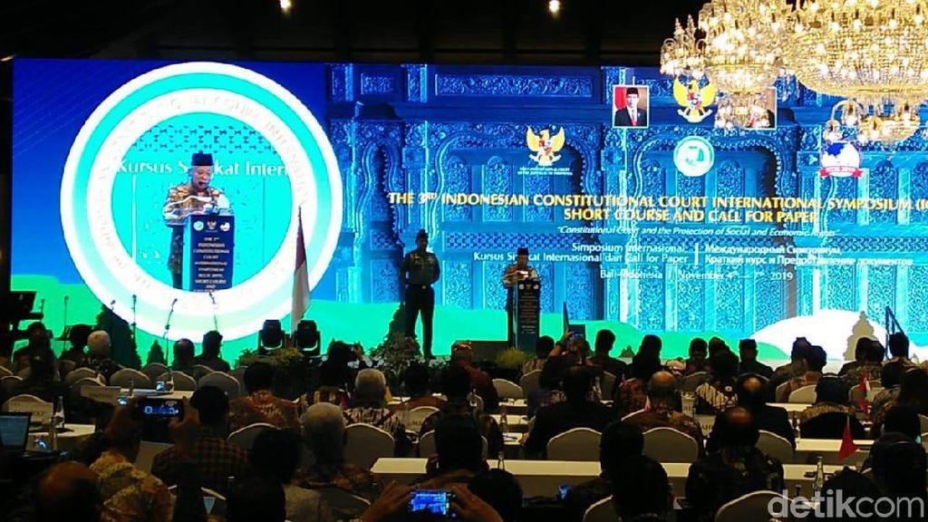 Gelar Simposium di Bali, Tak Ada Sidang MK Selama 4 Hari