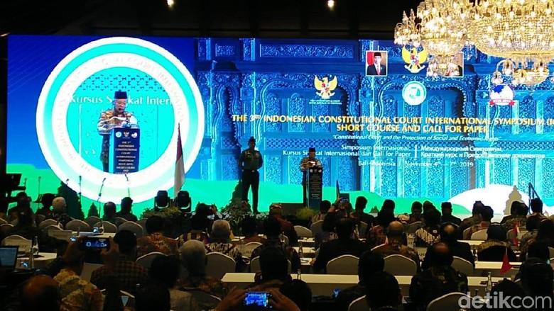 Buka Simposium MK Internasional di Bali, Ini Sambutan Wapres Maruf Amin