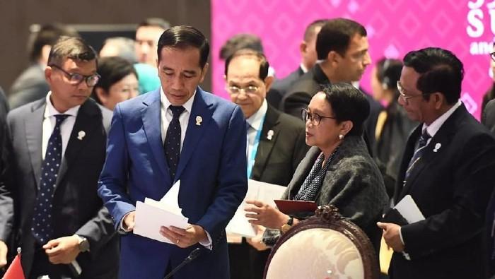 Presiden Jokowi menghadiri KTT ke-14 Asia Timur di Bangkok, Thailand. (Rusman/Biro Pers Sekretariat Presiden)