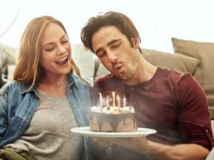 15 Ucapan Ulang Tahun untuk Pacar Romantis dan Penuh Cinta