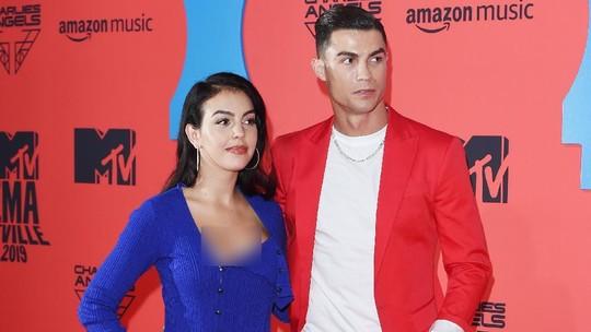 Mesranya Cristiano Ronaldo dan Kekasihnya di MTV EMAs 2019