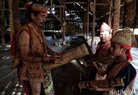 Mengenali Suku Dayak Lundayah di Perbatasan Indonesia-Malaysia
