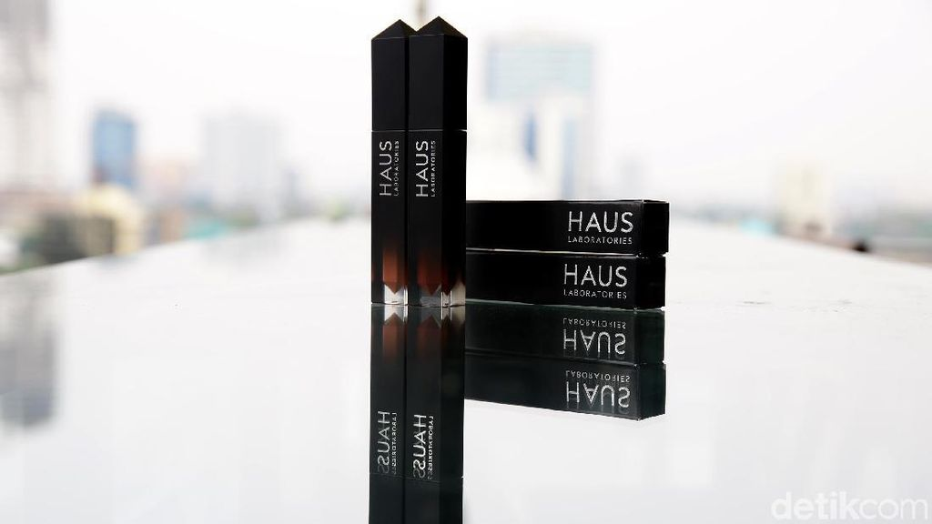 Review: Lip Gloss Haus Laboratories, Lini Kosmetik Milik Lady Gaga